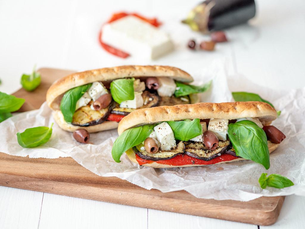 Välimeren feta-kasvisleipä